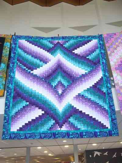 QUILTING DISPLAY